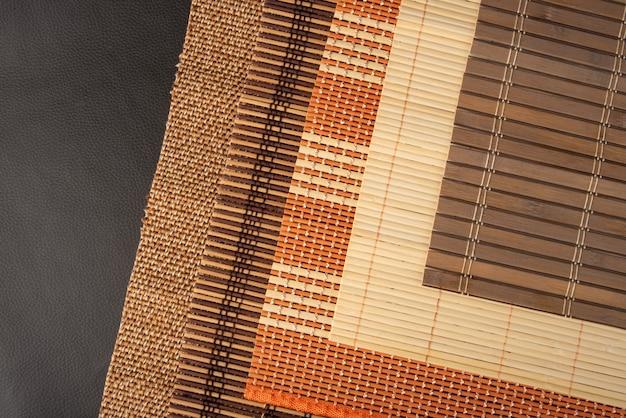 木製マット、木製マットのすべての詳細、テクスチャ、色、上面図。