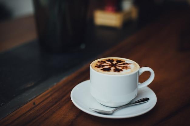 Modello in legno caffè bevanda deliziosa