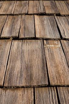 Primo piano di composizione in struttura in legno