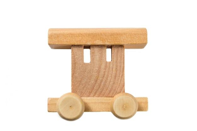 화이트에 아이 들을 위한 나무 기차입니다. 어린이 학교 개념입니다. 교육용 게임.