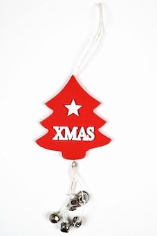 크리스마스 비문이 있는 나무 나무. 고품질 사진