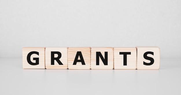 Word grants on building blocks concept