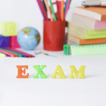学用品を使った単語試験
