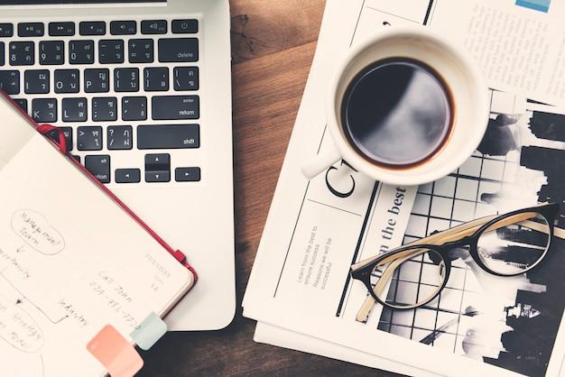 Spazio di lavoro business media concept