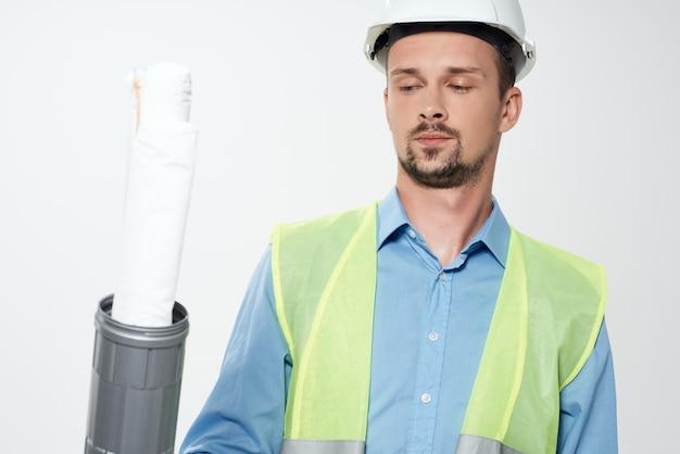 손 건설 산업 고립 된 배경에서 작업자 도면