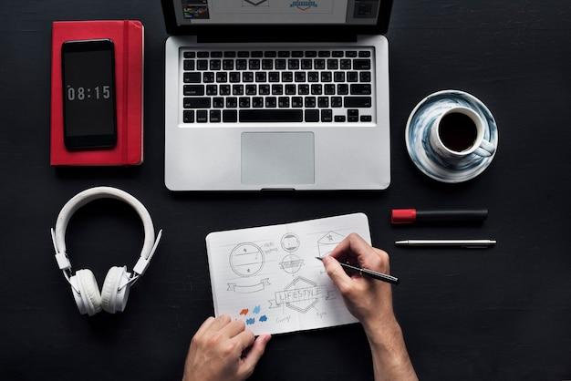 Рабочий и чертежный дизайн шаблона значка