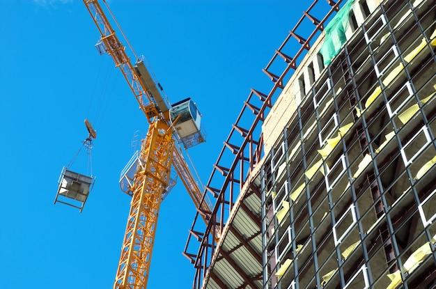 Working building crane