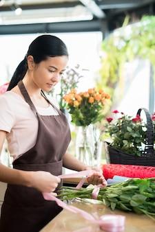 Рабочий день в цветочном магазине
