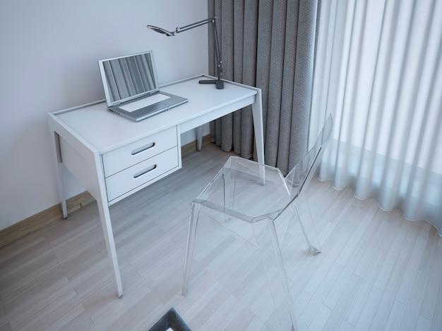 モダンなベッドルームの作業台。