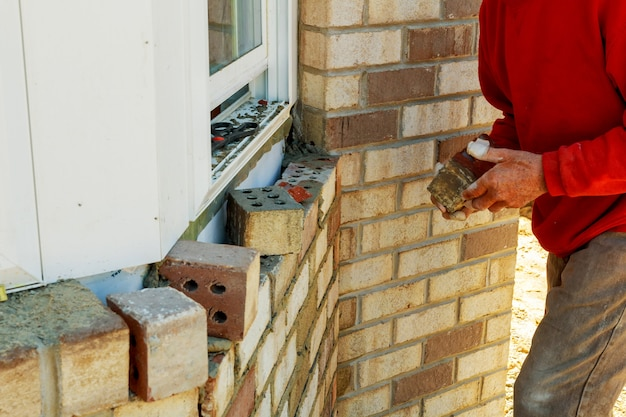 Working teaching wall with decorative bricks