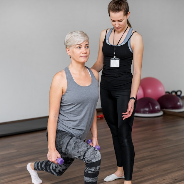 Тренировка с личным тренером в помещении