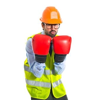 Workrt con guanti da boxe