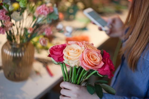 Workshop florist, making bouquets and flower arrangements.