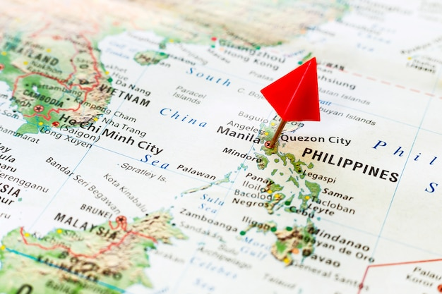 World map with pin on capital city of philippines