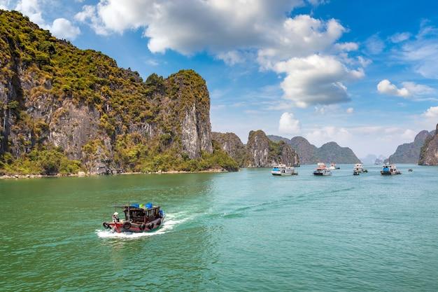 世界自然遺産ハロン湾、ベトナム