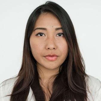 Worldface-donna tailandese in uno sfondo bianco