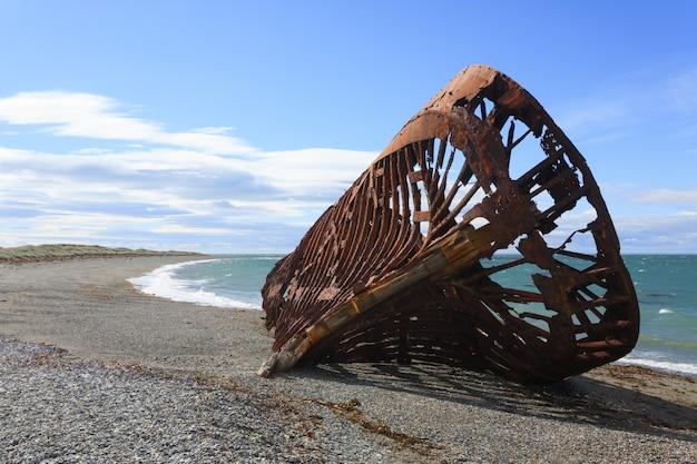 サングレゴリオビーチ、チリの史跡の残骸