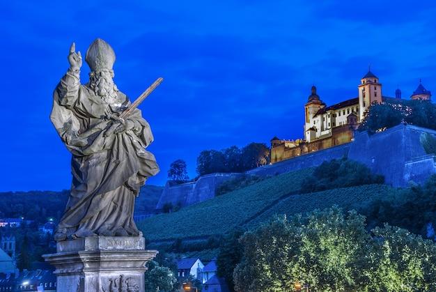 Würzburg, fortezza marienberg - festung marienberg, baviera, germania