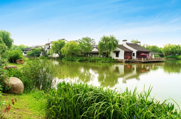 Исторический живописный старый город wuzhen, китай