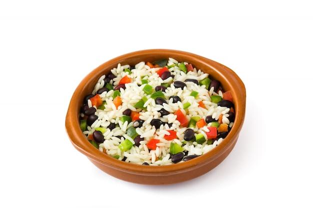 伝統的なキューバライス、黒豆、白モロスyクリスティアーノスに分離されたピーマン。