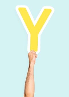 Рука с буквой y