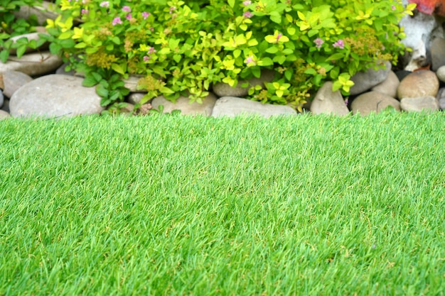 Yard greenering with the synthetic artificial grass