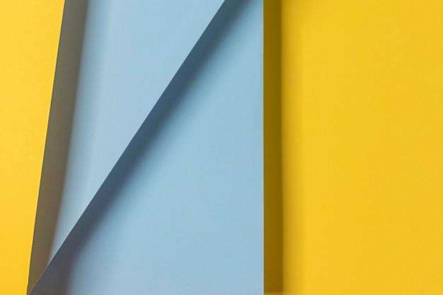 黄色と青の食器棚