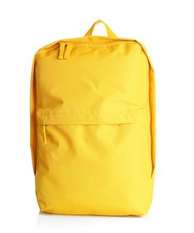 Желтый рюкзак на белом фоне