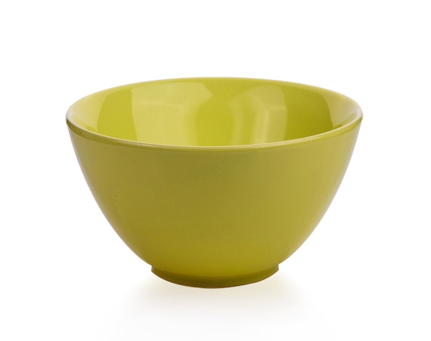Желтая чаша изолирована