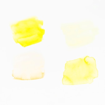 白い背景に黄色のブラシストローク