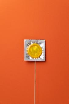 노란색 콘돔 배열 평면도