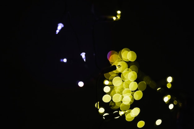 Luce gialla della ghirlanda