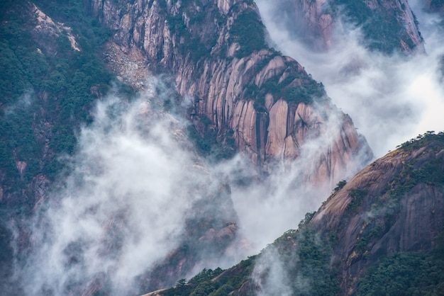 Желтая гора или хуаншань горные облака морские пейзажи