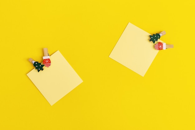 Yellow paper memo notes decorated christmas tree.