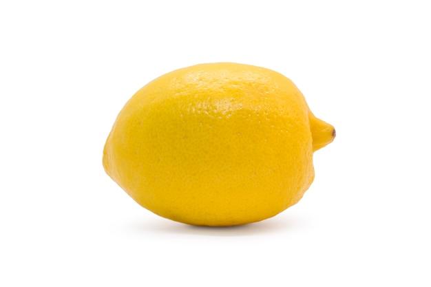 Желтый спелый лимон, изолированные на белой поверхности