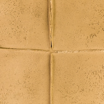 Yellow wall joint with rough texture