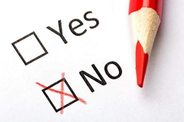 Да или нет флажки с красным карандашом