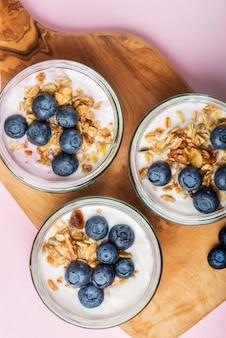 Yogurt with homemade granola and blueberries