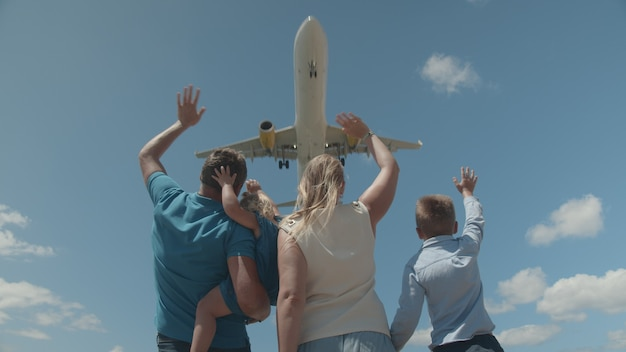 You are welcome family greeting the airplane