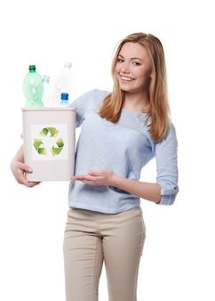 친환경적이고 쓰레기 분류를 시작할 수 있습니다