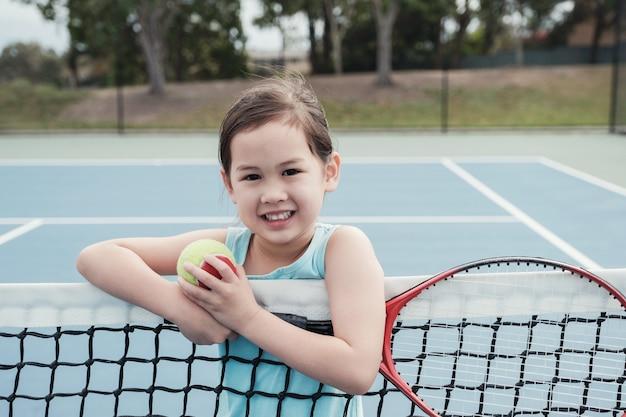 アウトドア、青、コート、若い、アジア、女の子、テニス、プレーヤー
