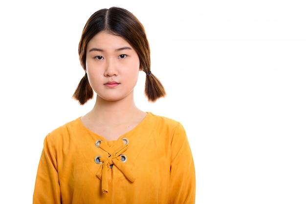 若い美しいアジアの女性