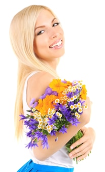 白で隔離の花を持つ若い美しい女性