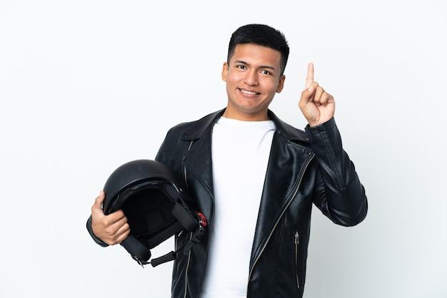 오토바이 헬멧을 들고 젊은 바이 커