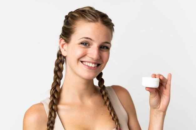 로션 화이트에 고립 된 젊은 백인 여자
