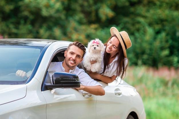 Young couple enjoying summer vacation