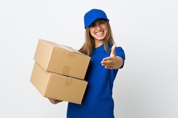 Молодая женщина доставки с коробками