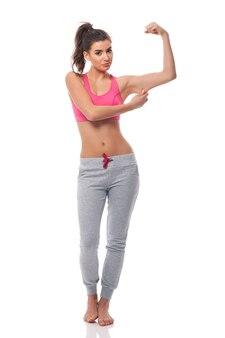 Giovane donna delusa per effetto fitness