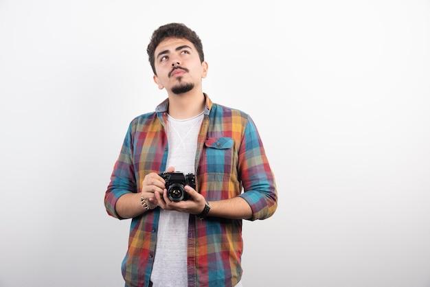 Young은 전문적인 사진을 진지하게 찍는 사진을 경험했습니다.
