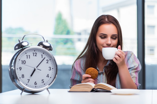 Young girl having breakfast on the morning